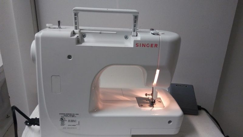 how to use singer sewing machine 8280